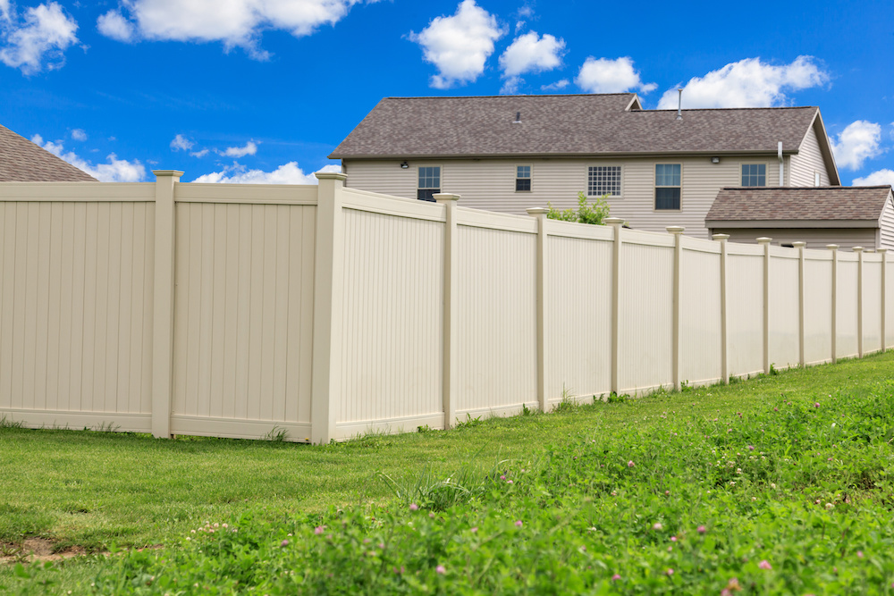 How to Choose the Right Color for Your Precast Fence